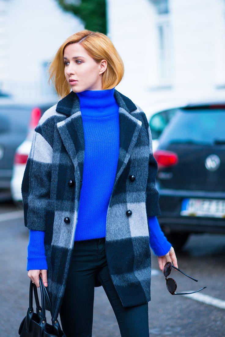 1.2.3 Paris - Linda du blog @Lindarella porte notre pull Sibérie et manteau Owen automne-hiver 2015 #123paris #streetstyle #mode #fashion #blogueuse #blogger #ootd #knit #knitwear #maille #blue #bleu