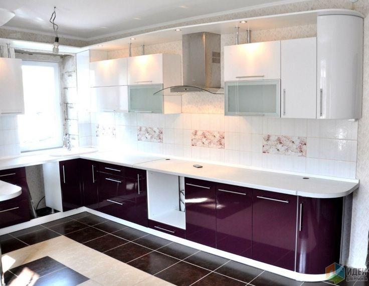 Кухня с барной стойкой, фиолетовая кухня