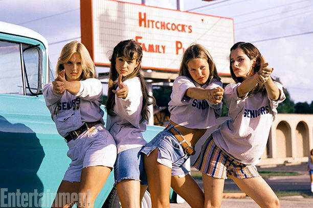 Dazed And Confused | AIR RAID! Deena Martin, Michelle Burke, Joey Lauren Adams, and Parker Posey strike a pose
