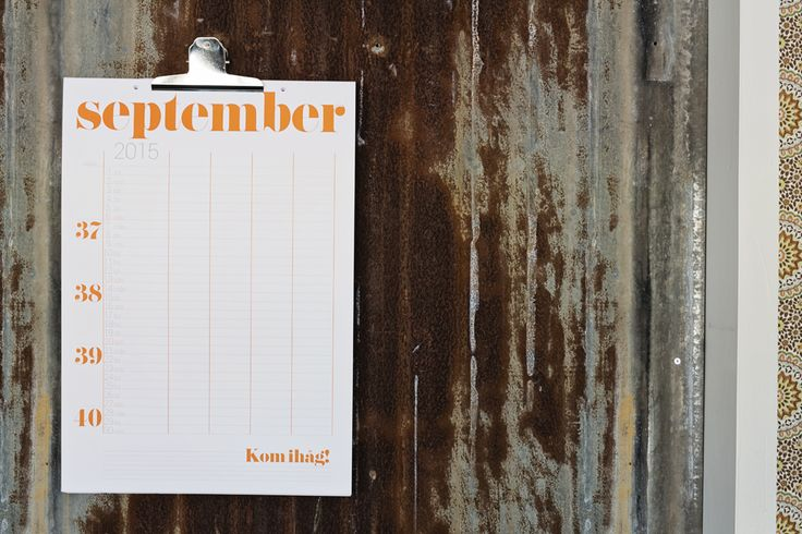 The family calendar helps you remember every dentist appointment, football practices and birthday parties! #lagerhaus #aw15