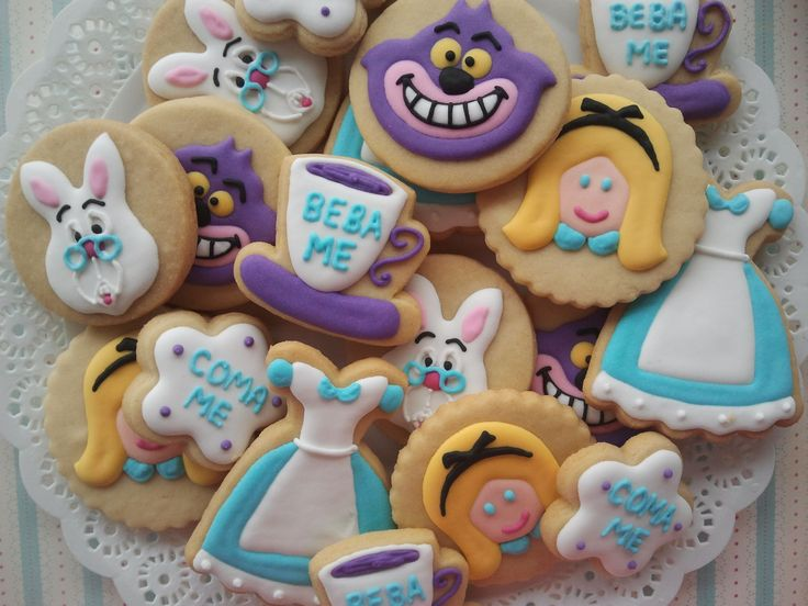 Alice no País das Maravilhas - cookies, biscoitos decorados | by Cookie Design