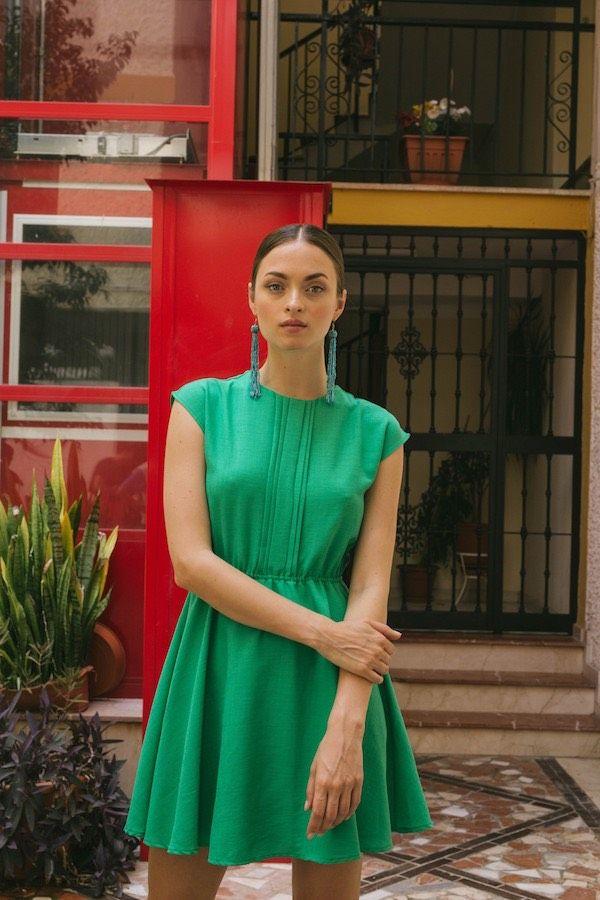 a2c2cea31a Catálogo Pepaloves Primavera Verano 2018 vestido corto verde esmeralda