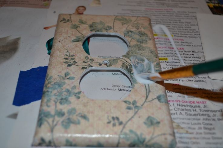 Mod Podge Outlet Cover - Good instructions including how to cover the screw   I am doing this today!