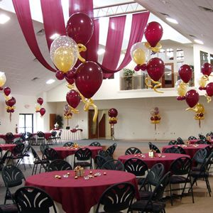 315 best images about balloons reunion on pinterest for Balloon decoration classes