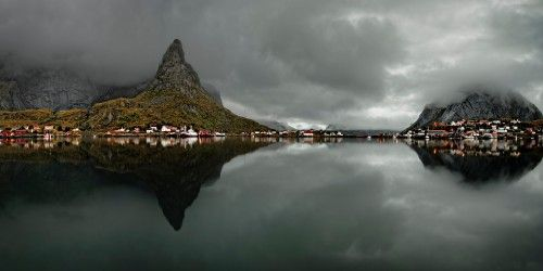 Morning in the Reine by Keijo Savolainen