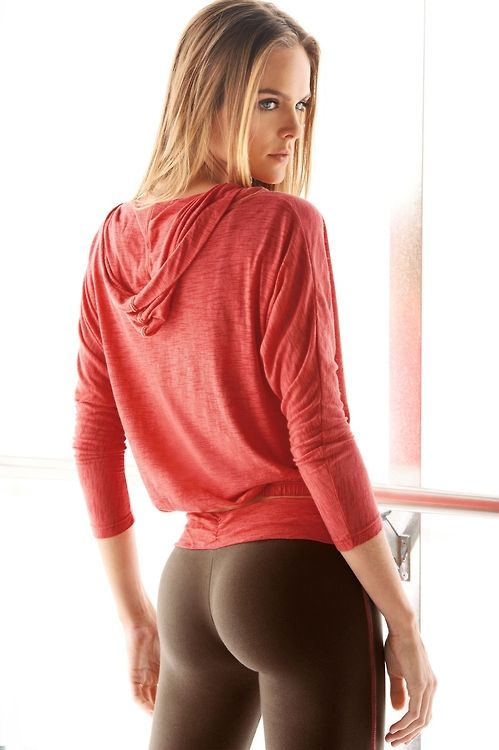 black legging pants in full body babes