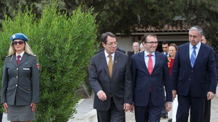 Κλείνουν όπως-όπως το Κυπριακό: Λύση χωρίς επιστροφή και ο σώζων εαυτόν σωθήτω