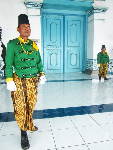 [Explored] Prajurit Keraton Kasunanan Surakarta (The Soldiers of The Keraton/Palace of Surakarta).The soldiers of the Keraton of Surakarta, a symbol of tradition as well as for tourism purposes. Batik is used for their dress