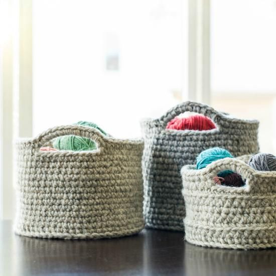 Chunky baskets - 12 free crochet patterns for blankets, dishcloths, baskets and more