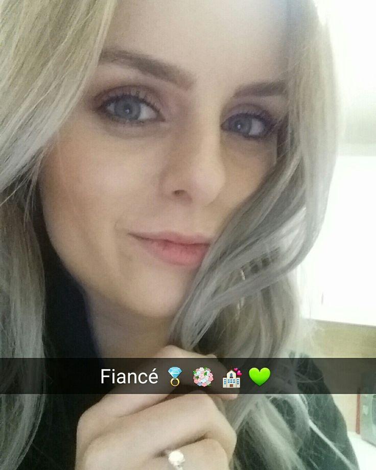 #fiance #engaged #engagementring #selfie