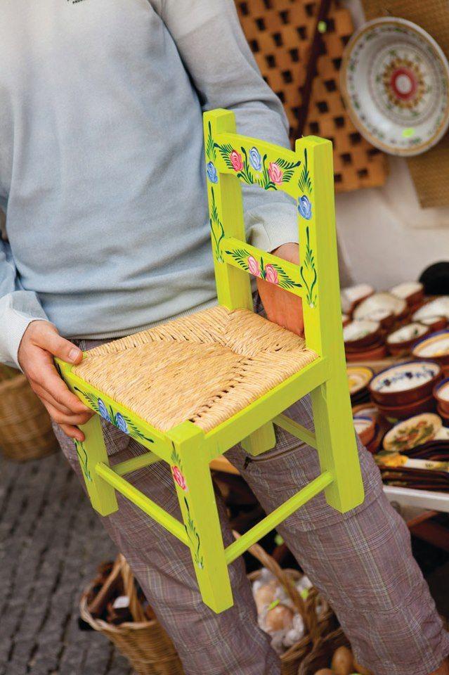 Alentejo´s handicrafts : furniture with amazing colors #Marvao #Alentejo #Portugal