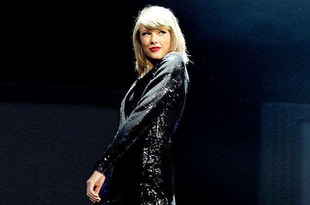 Taylor Swift's '1989' Only Fifth Album to Spend First Year in Billboard 200's Top 10 | Billboard