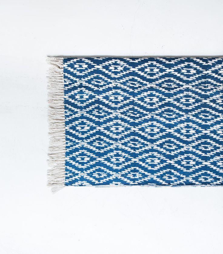 17 meilleures id es propos de bleu canard sur pinterest peinture bleu canard deco bleu. Black Bedroom Furniture Sets. Home Design Ideas