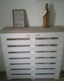 Radiator ombouw gemaakt van pallet en houten plank