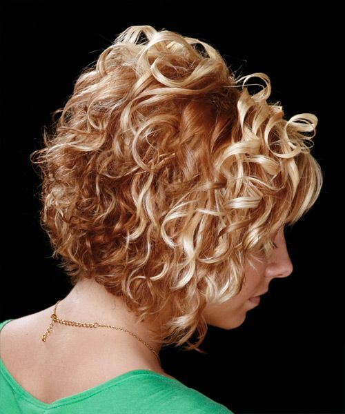 Curly Bob Hairstyle Back View | Hair Trends Fashionable: medium curly hairstyle