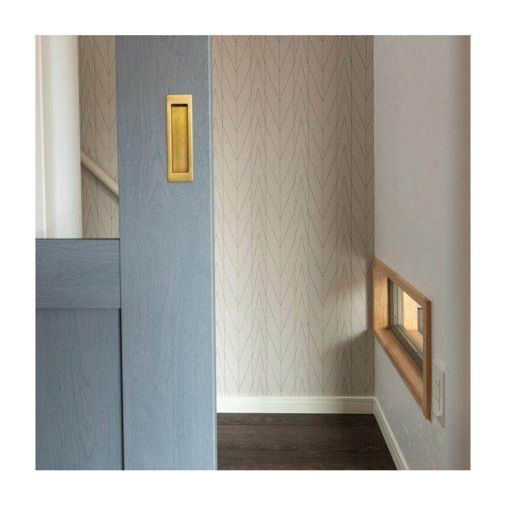最近 階段に引戸を希望されるお客様が増えています 二階からの冷気