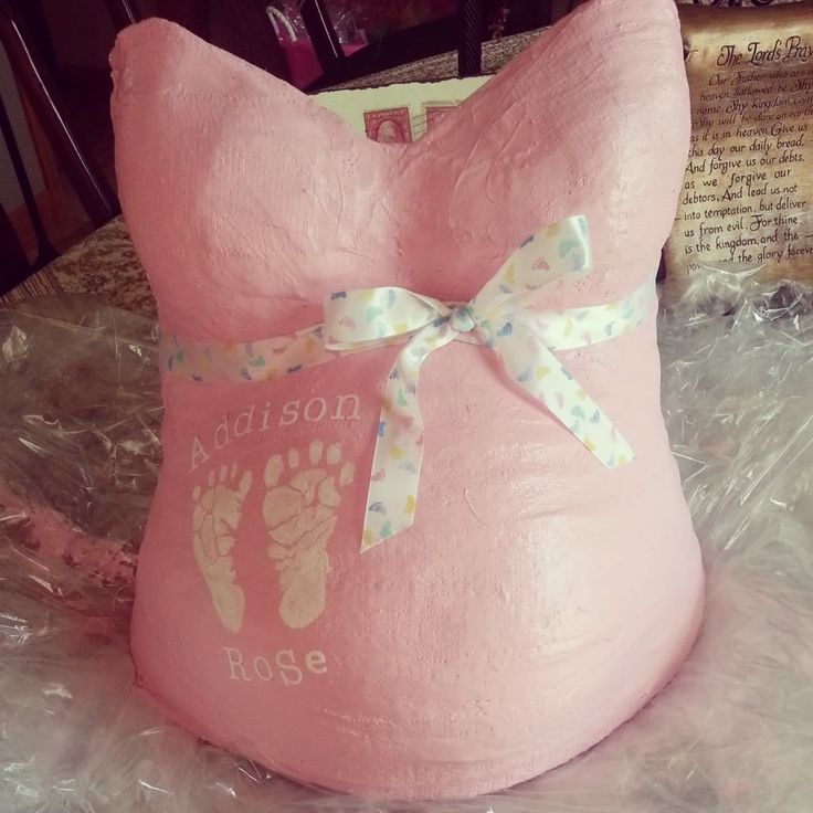 Pretty in pink belly cast, sweet simplicity - would choose different colors/ribbon to fit our decor.