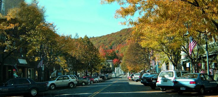 Shelburne Falls, MA : Shelburne Falls, MA near the Mohawk Trail