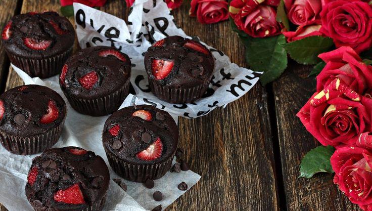 Walentynkowe smakołyki, czyli chałwowy mus malinowy i babeczki z buraka