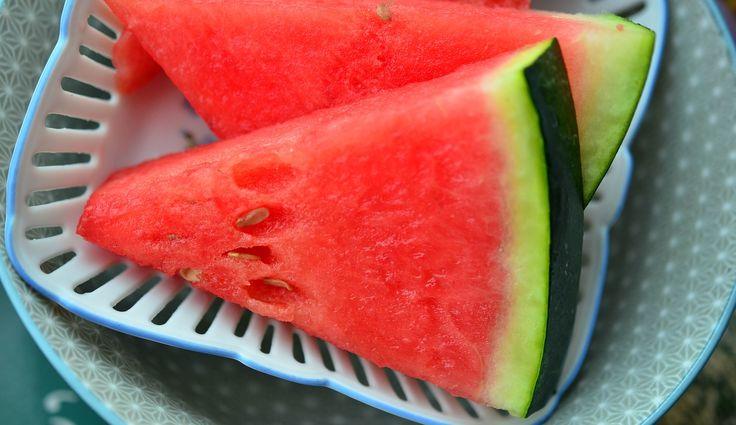 L'anguria è un po' l'emblema della stagione estiva, nessun frutto riesce a rinfrescarti e depurarti come questo. Ma non è assolutamente finita qui!