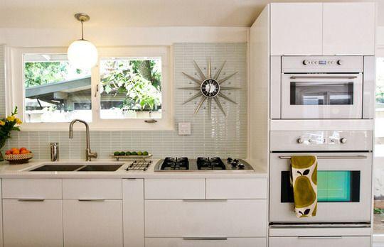 Graeme & Megan's Remodeled Mid-Century Ranch Kitchen Kitchen Spotlight | The Kitchn