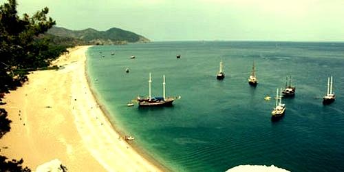 Tatilin her türlüsü güzeldir, ama kumun denizin ve güneşin mükemmel birleşimi her zaman yaz tatillerini mükemmel yapar.