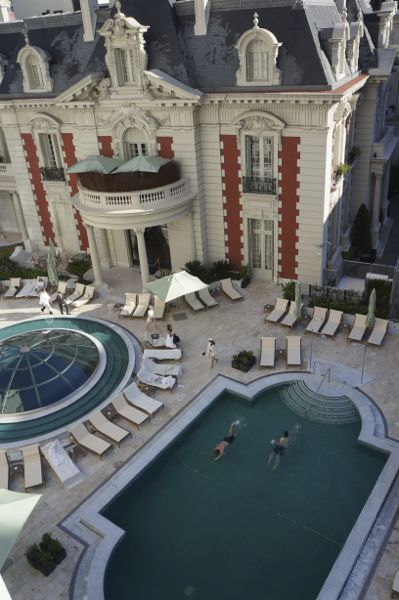 Four Seasons Buenos Aires is one of the Best Luxury Five Star Hotels in the world. This is where Madonna always stays when she's in town! Come rest your head here when you check out this urban gem!