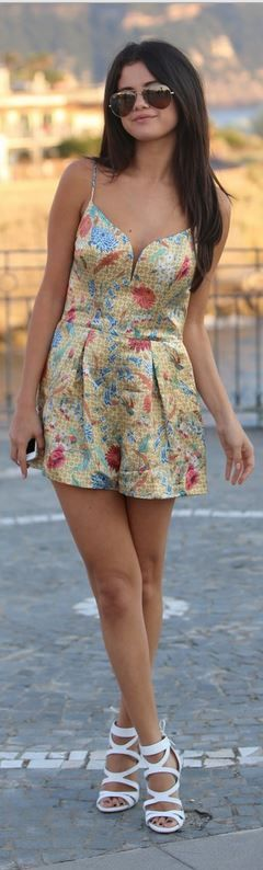 Who made Selena Gomez's print dress and white sandals that she wore in Ischia on July 19, 2014