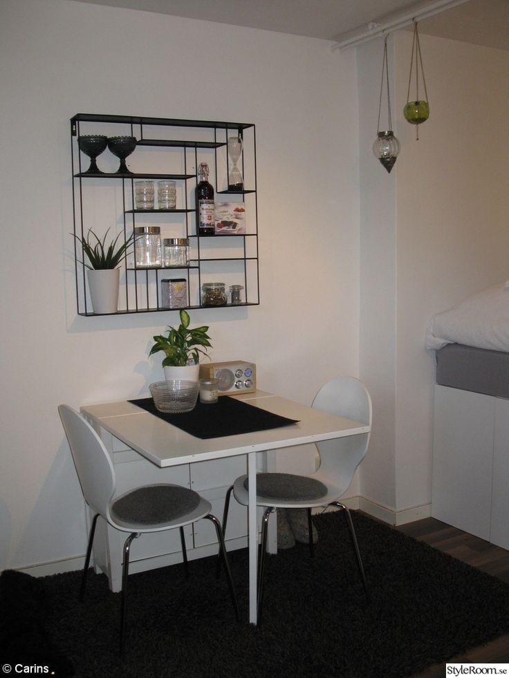 köksbord,slagbord,köksstolar,bord,stolar,stolsdyna,hylla,labyrint,bruka design,förvaring,compact living,matbod,matplats