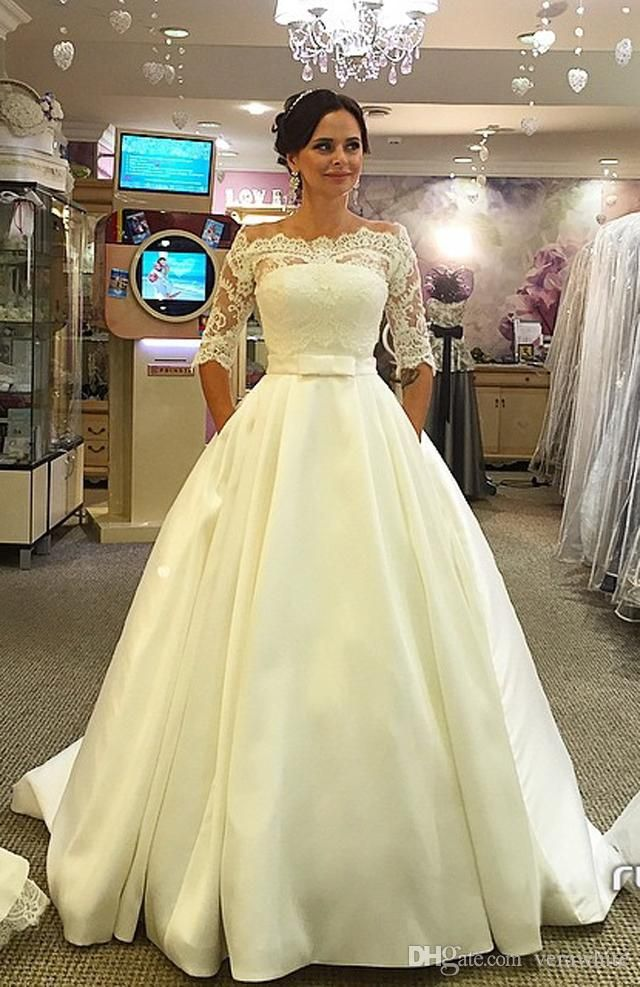 3a6f0ad2016 Discount Cheap Plus Size Full Lace Wedding Dresses With Removable Long  Sleeves V Neck Bridal Gowns