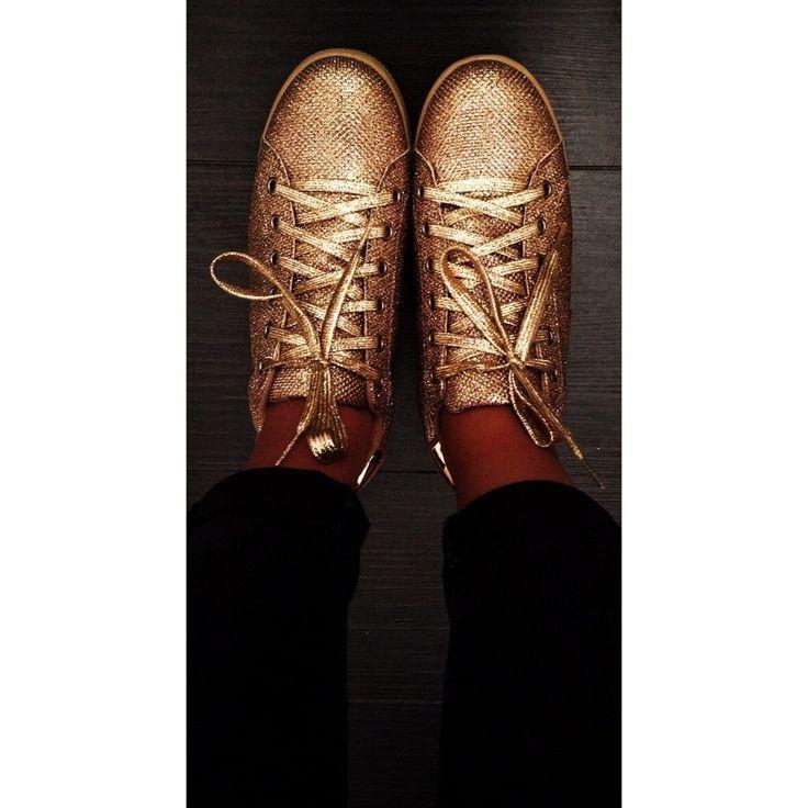 Les petites baskets or pailletées super tendance pour cet automne !