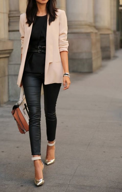 the color of the blazer and the shoes paired with the black leather leggings finds a feeling of edge AND class ~Carrie ankle straps, leather pants