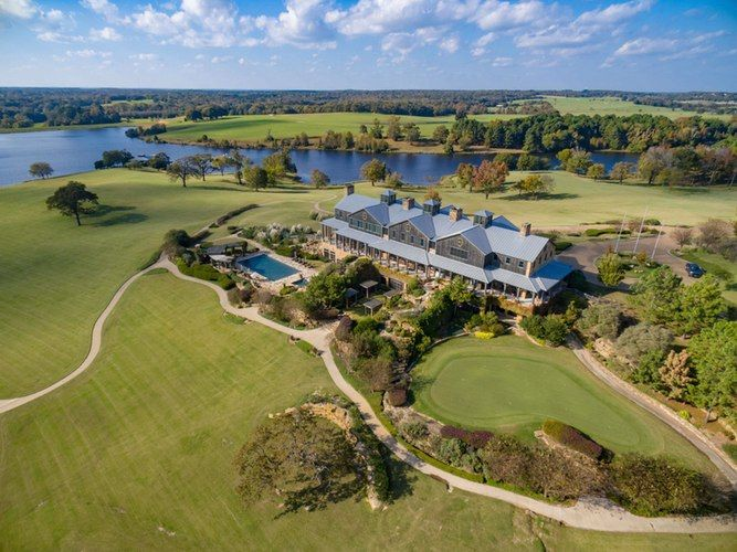 For sale in Texas: Hedge fund king Kyle Bass' deluxe Barefoot Ranch | Real Estate | Dallas News