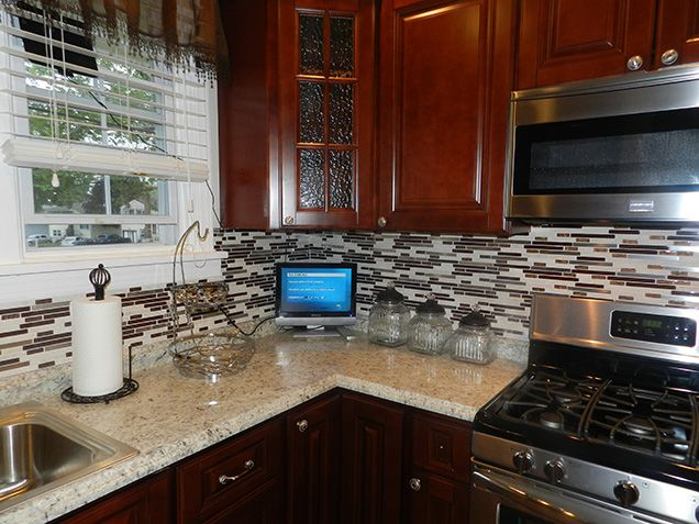 """""""At first I was afraid to order kitchen cabinets online but in the end, everything was great! My husband and I ordered the Pacifica cabinets in the RTA version and put them together ourselves. """" ~ Laurie Llynard 