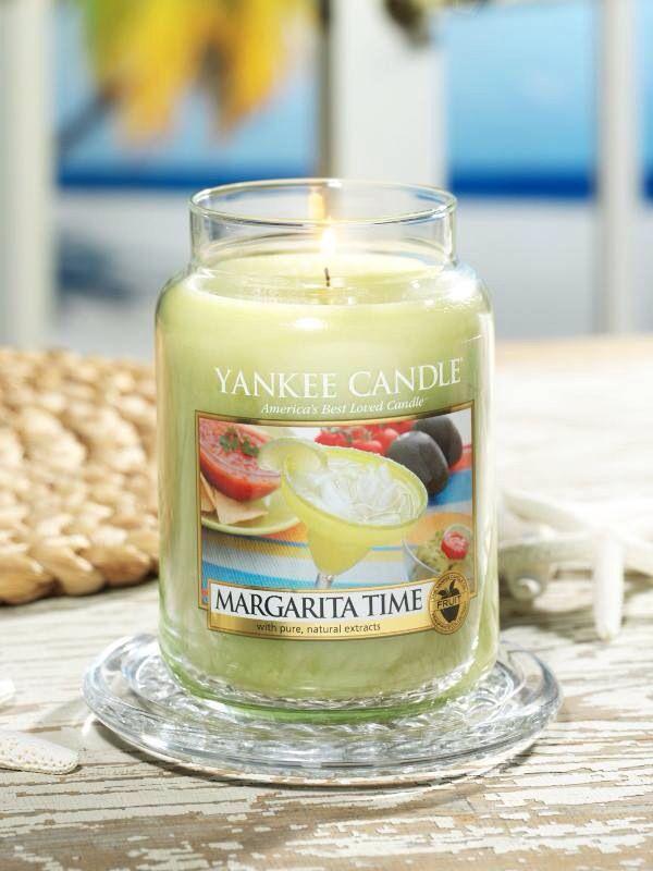 145 best images about yankee candles on pinterest. Black Bedroom Furniture Sets. Home Design Ideas