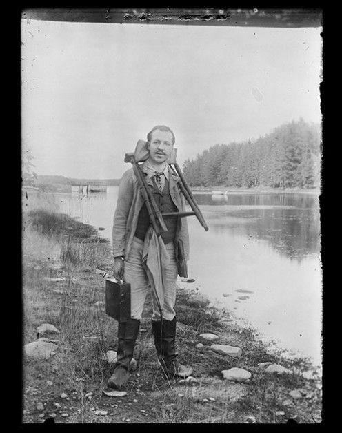 Dance on the Quay | The Other World of Hugo Simberg