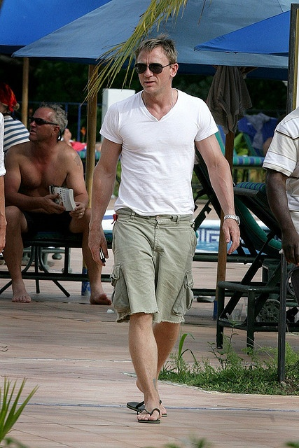 Looking sexy and casual in Panama