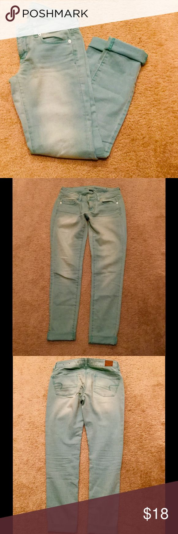 American Eagle Teal Skinny Jeans Size 4 Teal skinny jeans with factory fading, EUC (wore no more than 2 times) American Eagle Outfitters Jeans Skinny