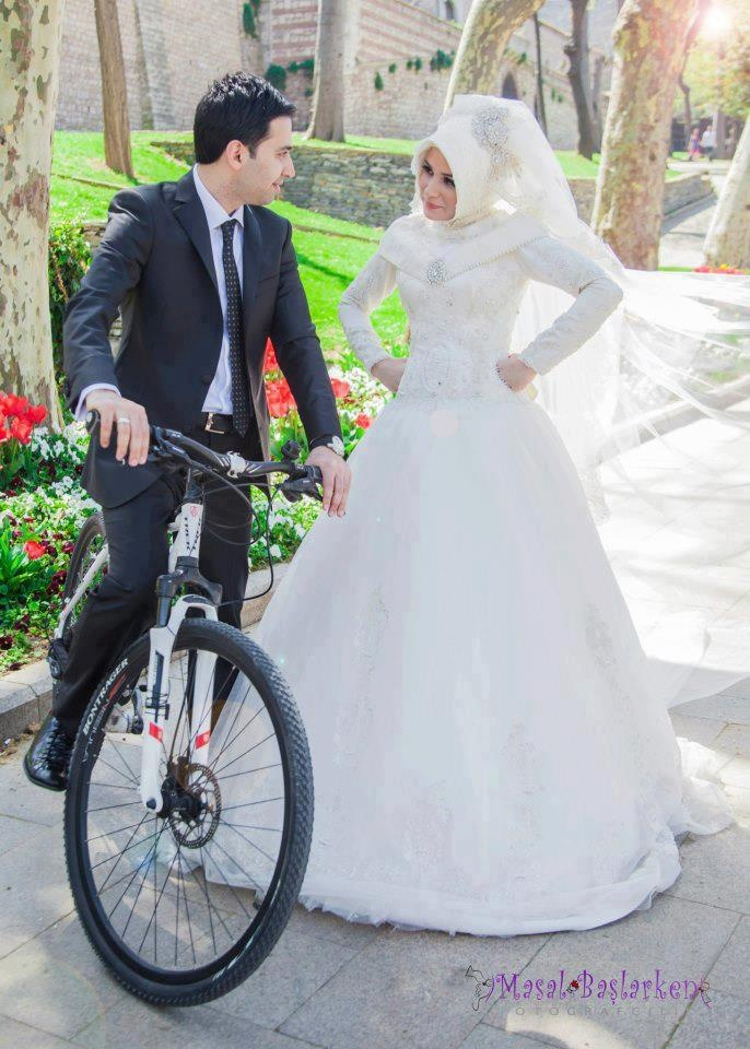 I love her hijab! #PerfectMuslimWedding.com