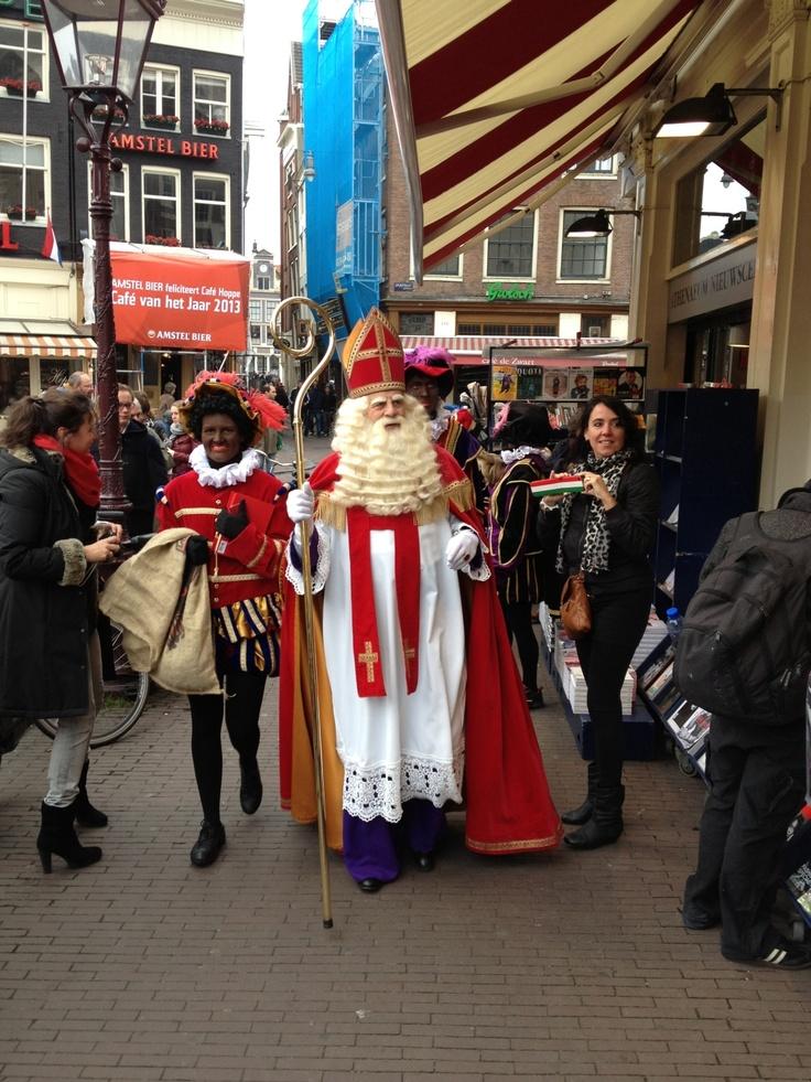 Sinterklaas/Bram van der Vlugt op het Spui.