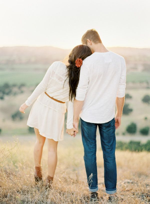 engagement picture inspiration. love the fresh horizontal glow the sun casts as it begins to set. love the outdoor setting. just love everything about it!