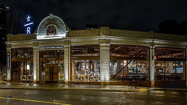 Starbucks Roastery - Seattle, EUA