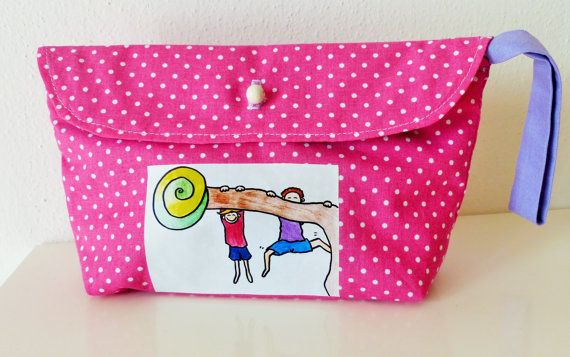 Case for girl. Cosmetic bag. Fabric pink purse. by RossoViola, €13.00