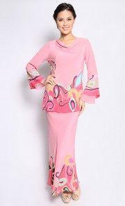 Boatneck Kurung in Pink