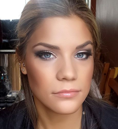 Joanne Pearson MUA flawless smokey bridesmaid makeup