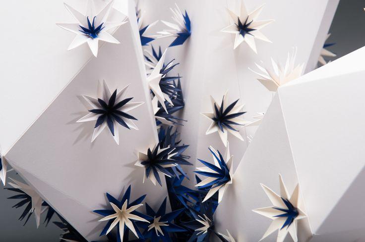 "Titta på det här @Behance-projektet: ""Paper sculpture \ Antalis storefront"" https://www.behance.net/gallery/45499271/Paper-sculpture-Antalis-storefront"
