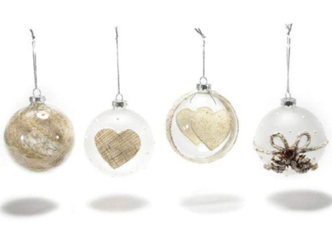 Palline di vetro decorate da appendere. Ass. in 4 fantasie Ø 8 cm (c/cordino 14)