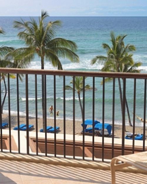 The Mauna Lani Bay Hotel  ( Kohala Coast, Hawaii )  Mauna Lani is set on the white-sand Kohala Coast of the Big Island. #Jetsetter #JSHammock