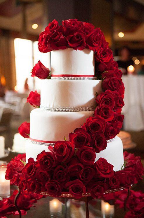 A true classic diva cake <3