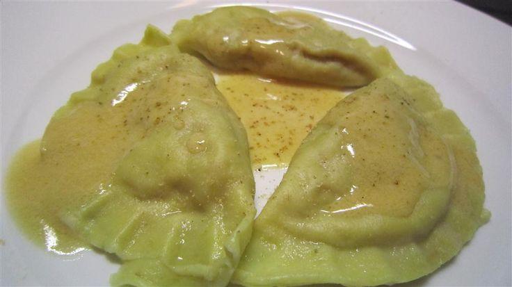 Ravioli mit pikanter Butternut-Kürbis-Füllung